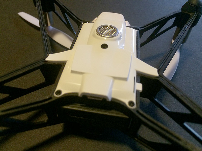 Review: Parrot Minidrone Rolling Spider 10