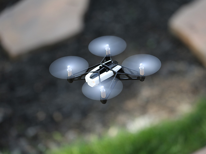 Review: Parrot Minidrone Rolling Spider 3