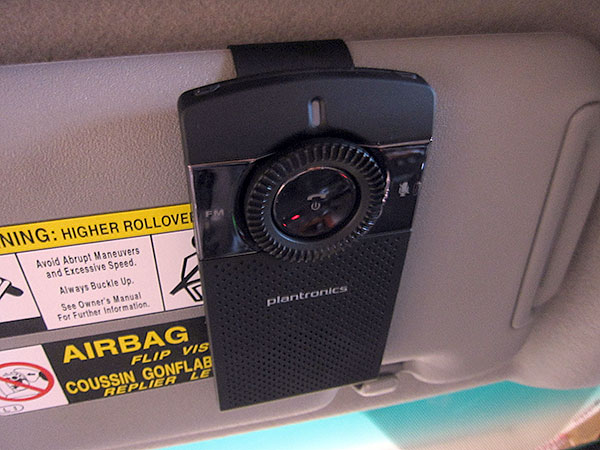 Review: Plantronics K100 In-Car Speakerphone