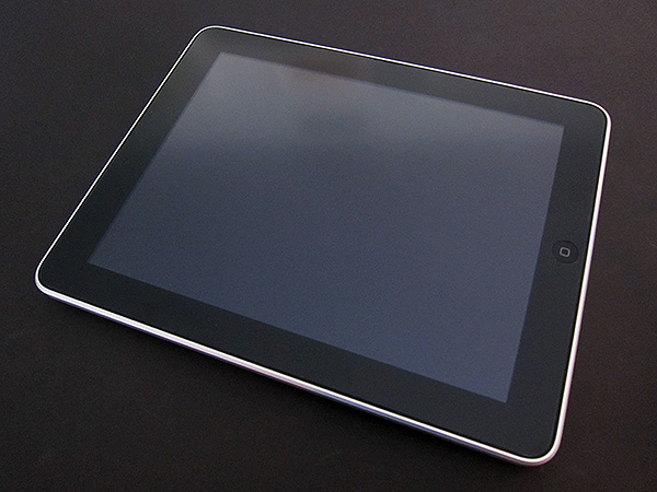 First Look: Power Support Anti-Glare and Crystal Film For iPad