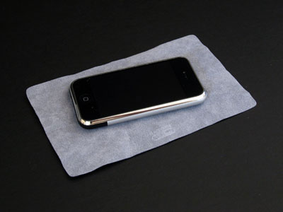 First Look: RadTech LenSavrz Optex Cleaning and Polishing Cloth for iPhone