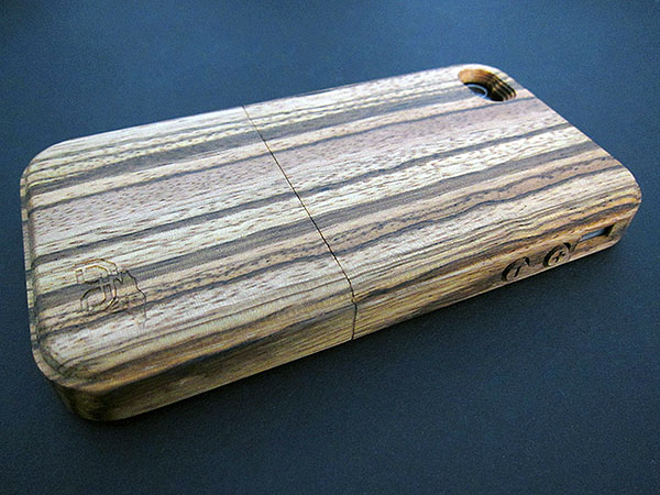 First Look: Root Cases iPhone 4 Case