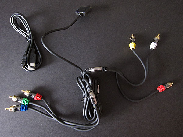 Preview: Scosche SneakPeek II Component & Composite A/V Cable for iPod and iPhone