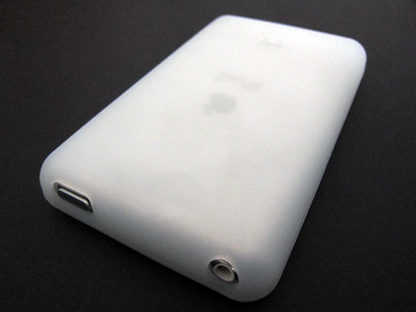 First Look: Simplism Cases for iPod classic (80/120/160GB 2009)