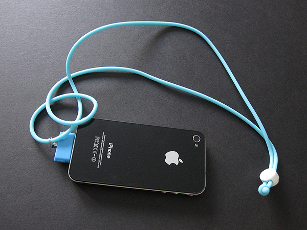 First Look: Simplism DockCarabiner Neo and DockStrap Neo for iPod/iPhone