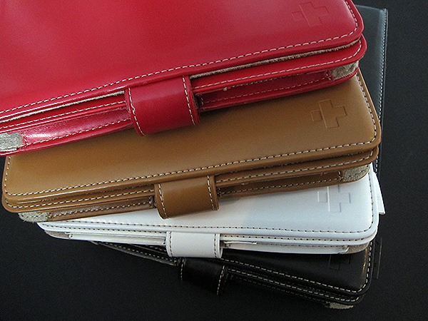 First Look: Simplism Shoulder Leather Case for iPad