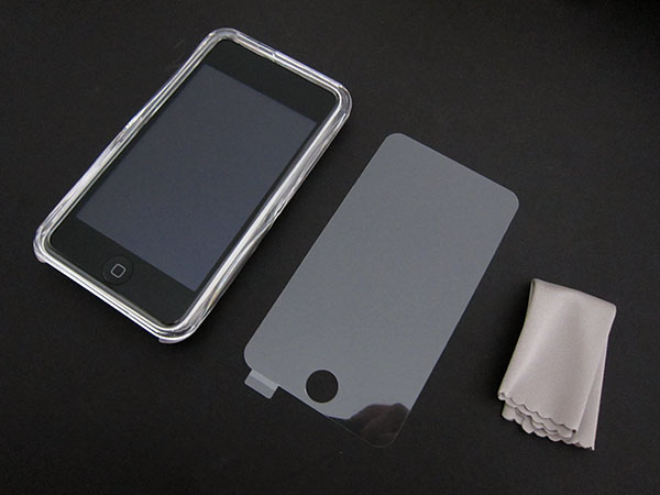 First Look: Simplism Cases for iPod touch (2nd)