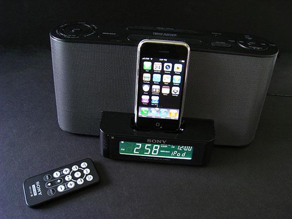 Review: Sony ICF-C1iPMK2 Speaker Dock / Clock Radio for iPod + iPhone