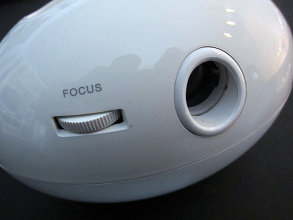 First Look: Sparkz Products Dock Projector for iPhone + iPod