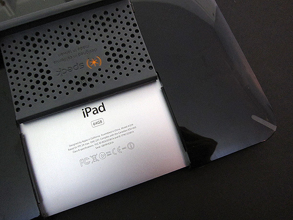 First Look: Speck CandyShell for iPad