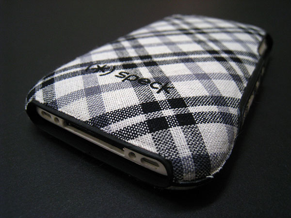 Review: Speck Fitted Case for iPhone 3G