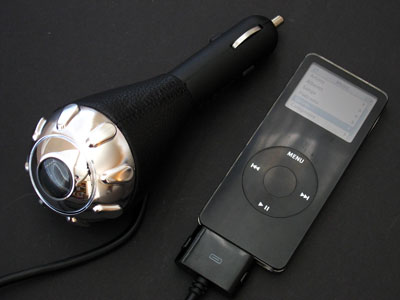 Speck Products MobileTune FM Transmitter and Charger for Your iPod