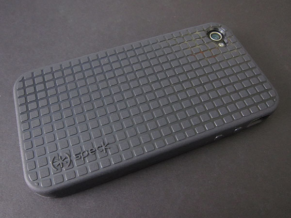 First Look: Speck PixelSkin HD for iPhone 4 2