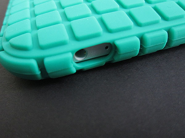 First Look: Speck PixelSkin for iPad