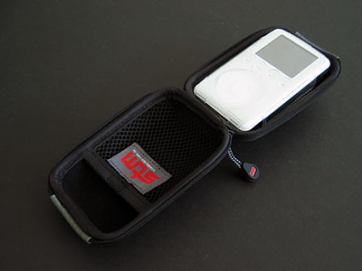 Review: STM Cocoon case