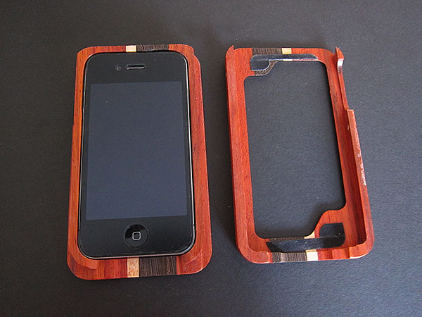 First Look: Substrata Wood Case for iPhone 4