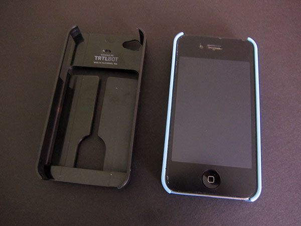 Preview: TRTL BOT Minimalist + TRTL Stand Cases for iPhone 4