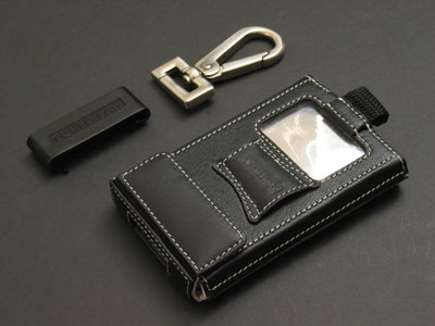 Review: Tunewear Ambassador and TuneWallet Nappa Leather Cases for 5G iPod