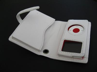 First Look: Tunewear TuneWallet micro for iPod nano