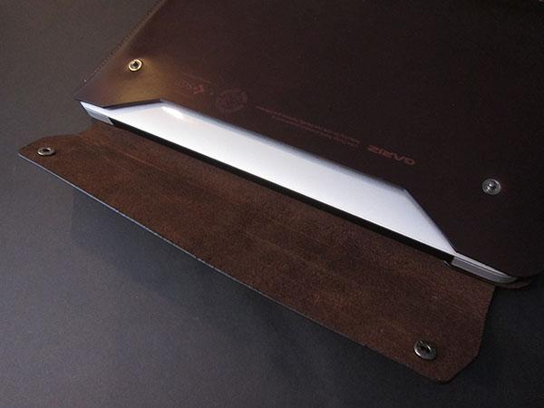 "MacBook Air 11"" Gets An Envelope Case: United SGP's Gariz Edition Leather Pouch 2"
