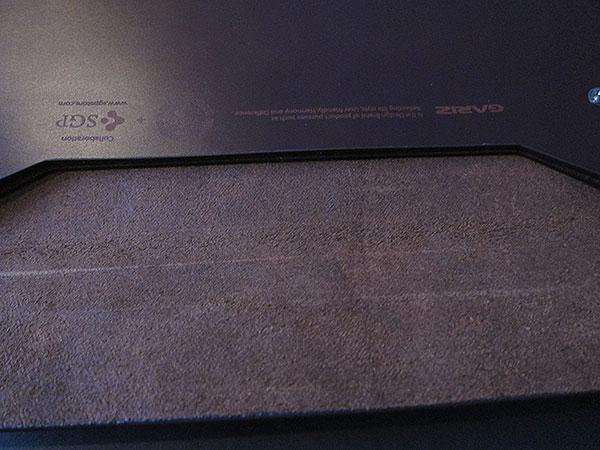 "MacBook Air 11"" Gets An Envelope Case: United SGP's Gariz Edition Leather Pouch 3"