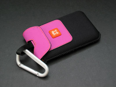 Review: XtremeMac MicroGlove for iPod with video