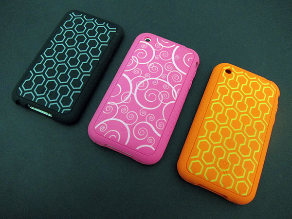 First Look: XtremeMac Tuffwrap Accent + Tatu for iPhone 3G/3GS and iPod touch