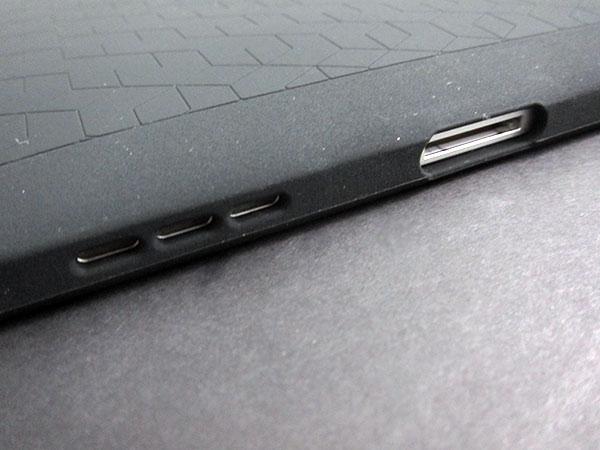 First Look: XtremeMac Tuffwrap for iPad