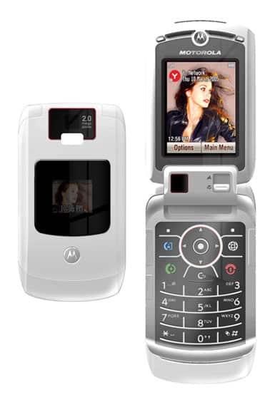 Backstage: Motorola's V3x, a smarter iTunes phone design?