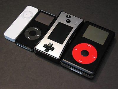 Game Boy Micro vs. iPods (and nano) photos