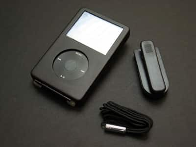 Review: Innopocket Metal Deluxe Cases for iPod nano and 5G
