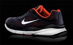 Nike, Apple partner to launch Nike+iPod global products