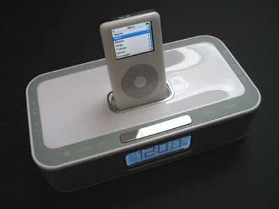 Review: Memorex iWake Dual Alarm Clock with Remote Control