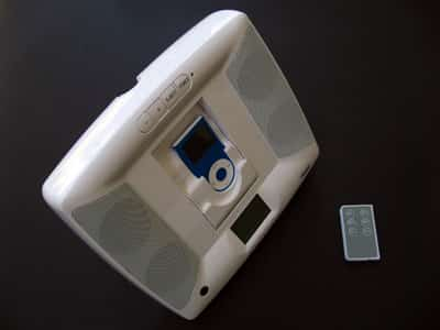 Review: dreamGear i.Sound Wall Mountable Desktop & Speaker System