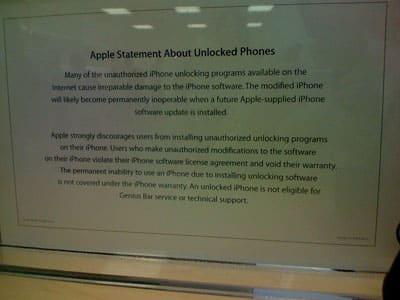 Retail Apple Stores deny unlocked iPhones Genius Bar, tech support