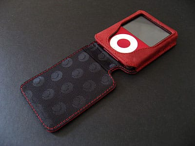 Review: Noreve Tradition Leather Case for iPod nano 3G