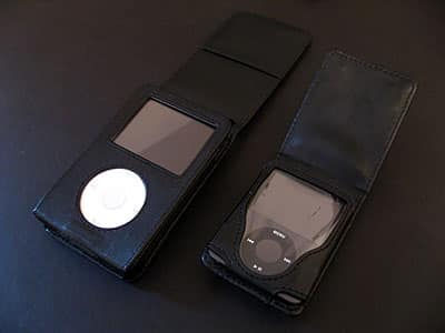 Review: DLO HipCase Leather Folios for iPod classic and iPod nano