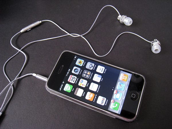 Review: Skullcandy iPhone FMJ
