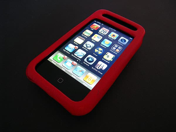 Review: Case-Mate Signature and Carbon Fiber Leather Cases for iPhone 3G