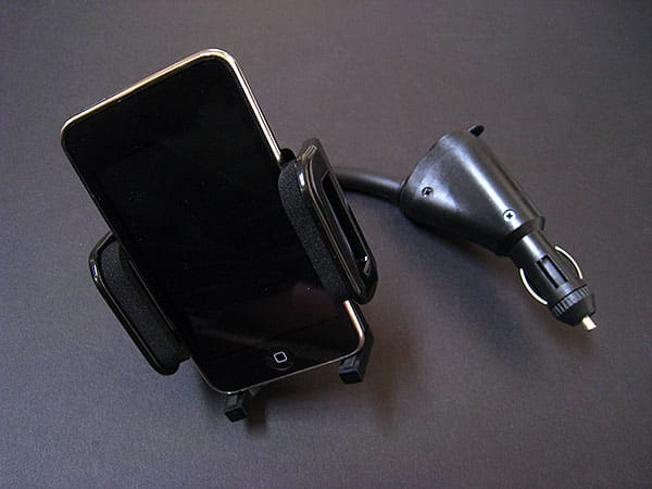 First Look: Kensington Power Port Mount for iPhone and iPod