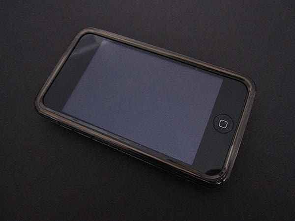 Review: DLO SoftShell for iPod touch 2G