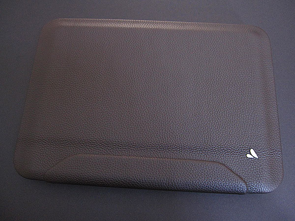 A Smarter Premium Leather MacBook Case? Vaja's New iVolution Shell