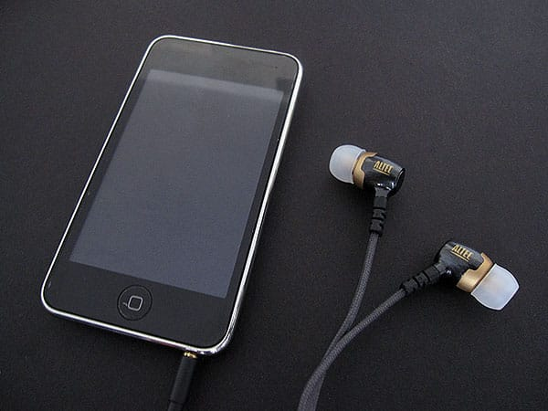 Review: Altec Lansing Backbeat 106, 206 + 326 Noise-Isolating Earphones