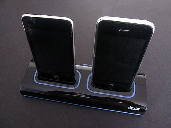 Review: Dexim Dual Dock Charger for iPhone 3G + iPod