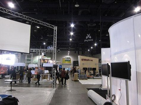 2010 CES iLounge Pavilion setup photos posted