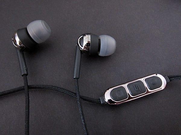 Preview: Scosche IDR655m Increased Dynamic Range Earphones with tapLINE II