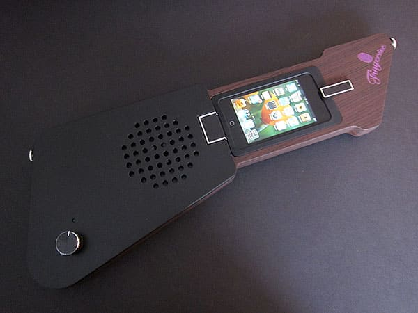 First Look: Evenno The Fingerist Music Adapter for iPhone + iPod touch