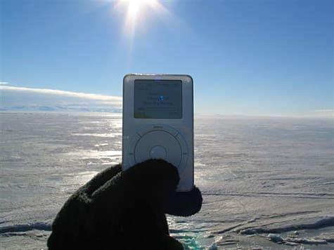 Photo of the Week: iPod in Antarctica