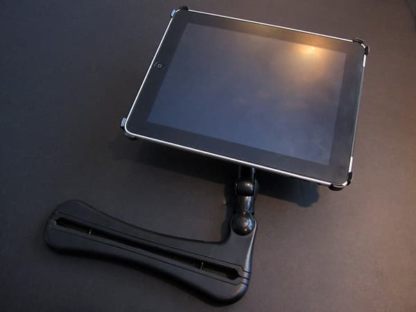 First Look: TouCoul CoulVue iPad Headrest Mounting System