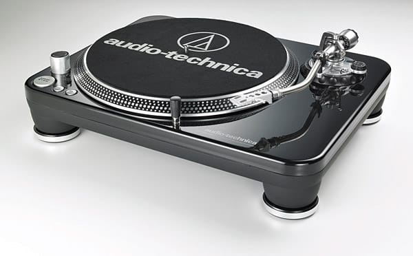 Audio-Technica AT-LP240-USB Turntable